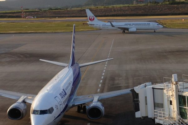 空港に2往復。まさかのえなりさん!!